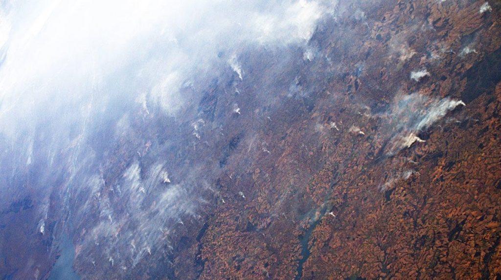 იტალიელმა ასტრონავტმა ამაზონის ტყეებში ხანძრების ფოტო კოსმოსიდან გადაიღო
