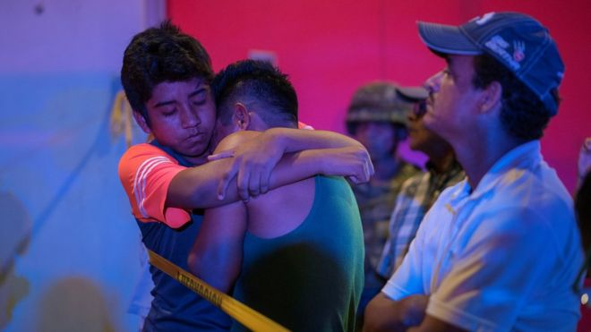 მექსიკაში, ბარში განზრახ გაჩენილი ხანძრის შედეგად, 25 ადამიანი დაიღუპა
