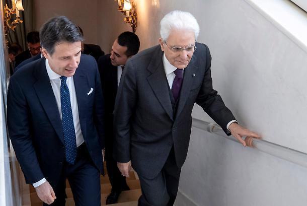 იტალიის პრეზიდენტმა მთავრობის ფორმირება ყოფილ პრემიერ-მინისტრ ჯუზეპე კონტეს დაავალა