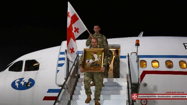 Взвод Национальной гвардии вернулся из Центральной Африки