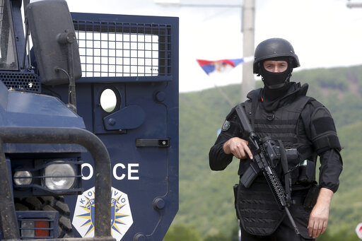 """კოსოვოში ნატო-ს ჯარისკაცებზე თავდასხმის ორგანიზატორი """"ისლამური სახელმწიფოს"""" წევრები დააპატიმრეს"""
