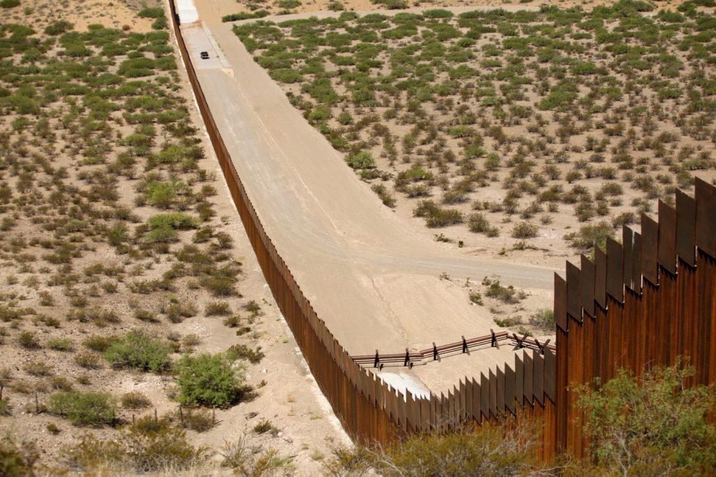მექსიკის საზღვარზე კედლის მშენებლობის გამო, პენტაგონიაშშ-სა და ევროპაში პროექტების დაფინანსებას ამცირებს