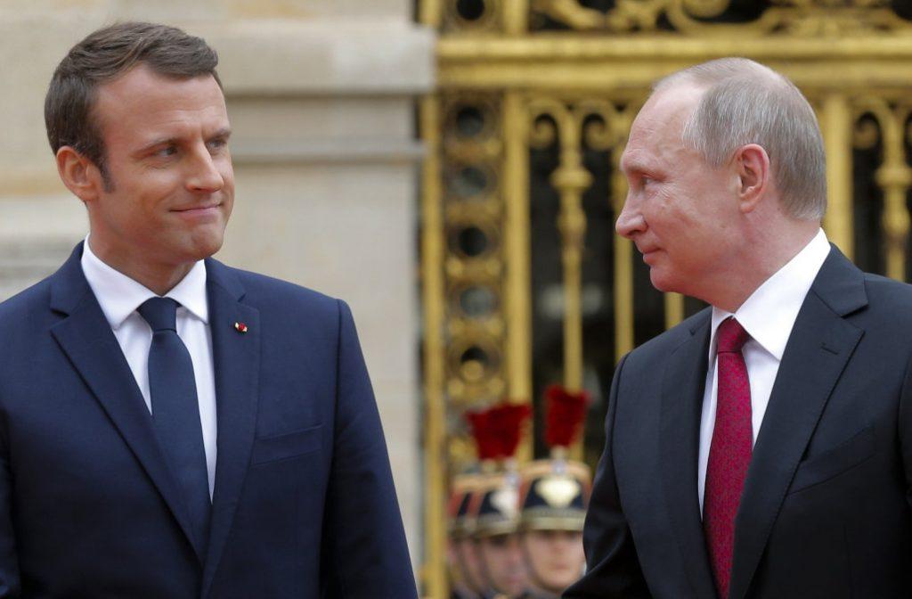 საფრანგეთისა და რუსეთის პრეზიდენტებს შორის უკრაინის საკითხზე სატელეფონო საუბარი შედგა