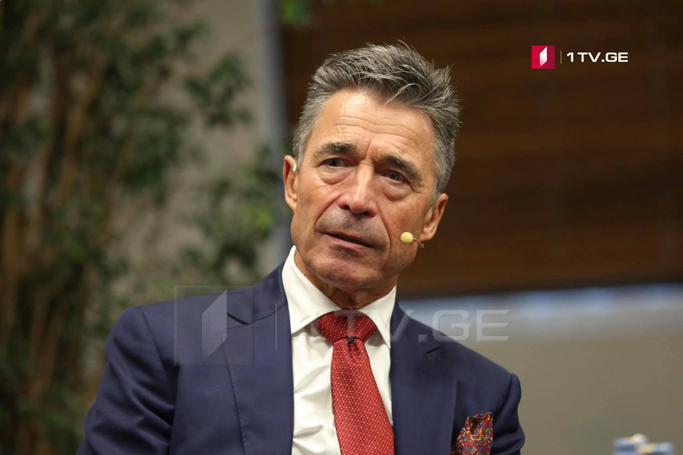 Anders Fogh Rasmussen: It should be considered whether you want to join NATO with mechanism, when Article 5 covers only territory controlled by Georgian Government