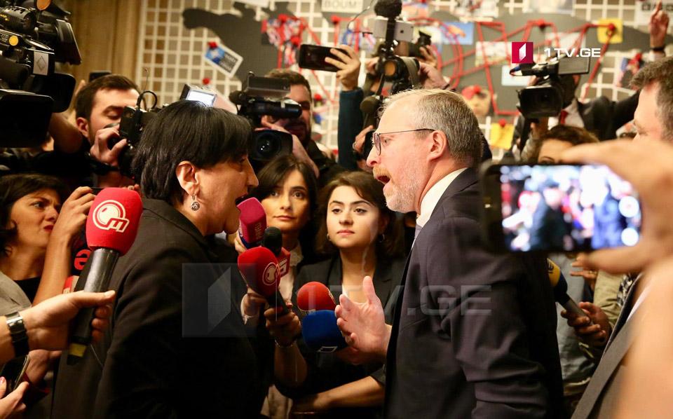 Словесная перепалка произошла между Ирмой Инашвили и Дэвидом Крамером на международной конференции в Тбилиси [фото]