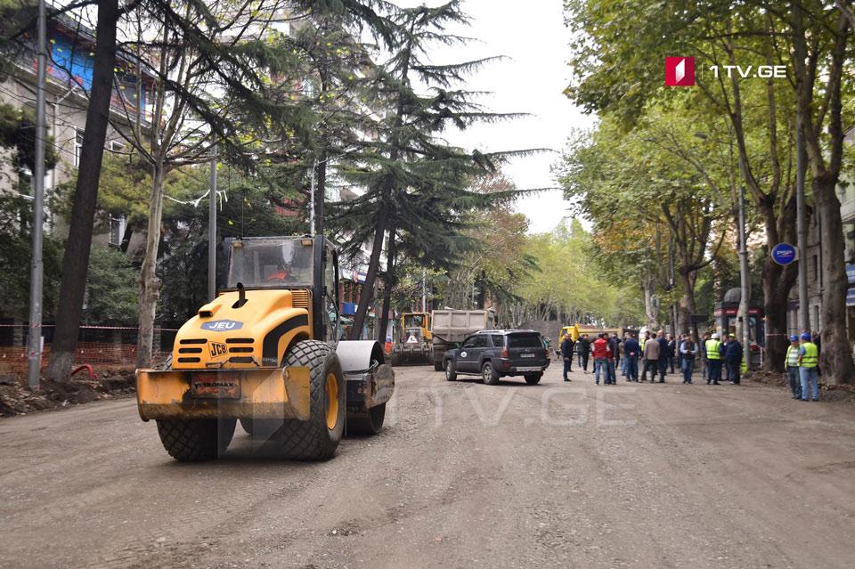 """""""პიქსელის"""" შენობიდან არაყიშვილის ქუჩამდე, ქვედა ფენებში გზის მოწყობის სამუშაოები 15 ოქტომბრისთვის დასრულდება"""