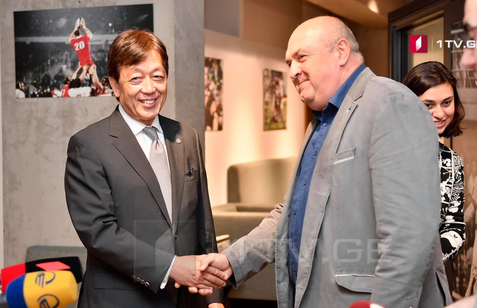 საქართველოს რაგბის კავშირის პრეზიდენტი გოჩა სვანიძე საქართველოში იაპონიის ელჩს, ტადაჰარუ უეჰამას შეხვდა