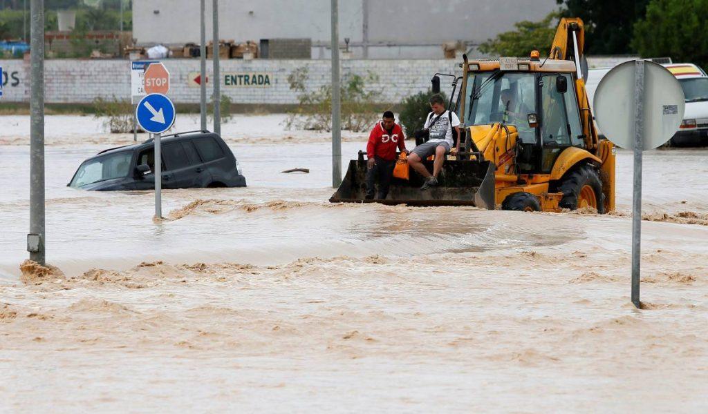 ესპანეთში ძლიერი წვიმის და წყალდიდობის შედეგად დაღუპულთა რიცხვი გაიზარდა