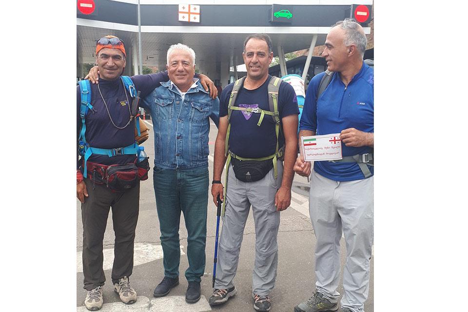 #სახლისკენ - ფერეიდნელი ქართველები, რომლებმაც ფეხით 1400 კილომეტრი გამოიარეს, საქართველოში არიან