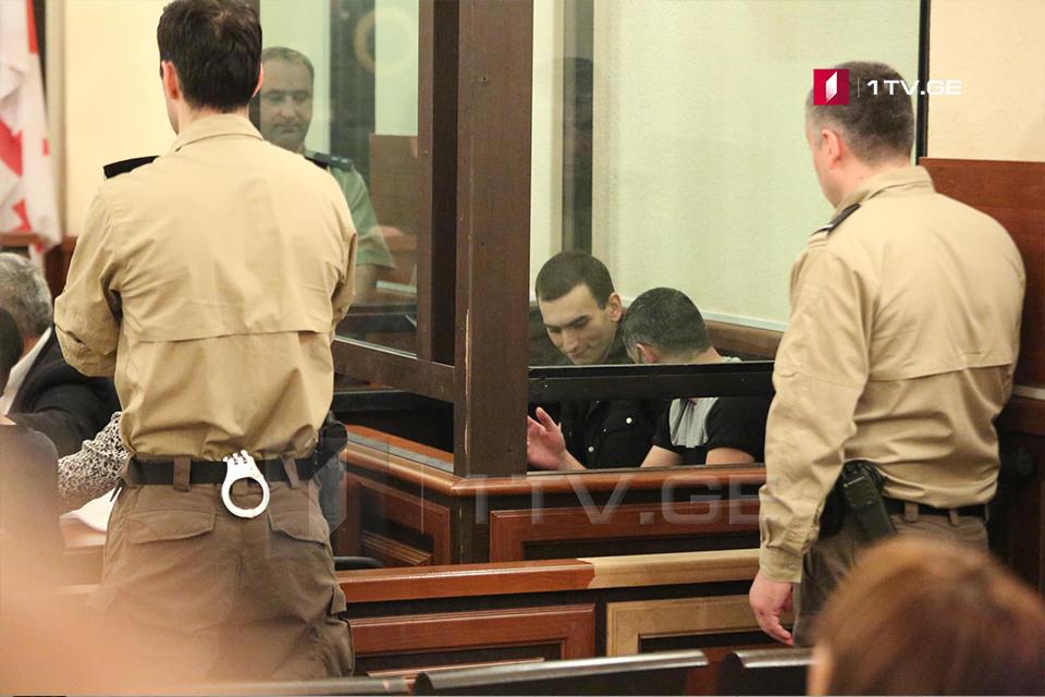 ირაკლი ოქრუაშვილი და კიდევ ორი ბრალდებული სასამართლომ პატიმრობაში დატოვა