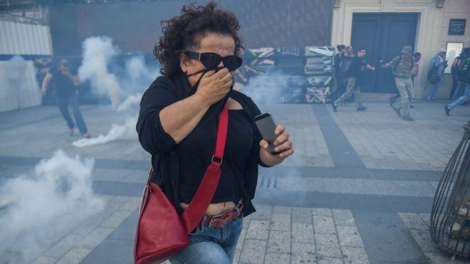 საფრანგეთში ყვითელჟილეტიანების აქციაზე ათეულობით ადამიანი დააკავეს