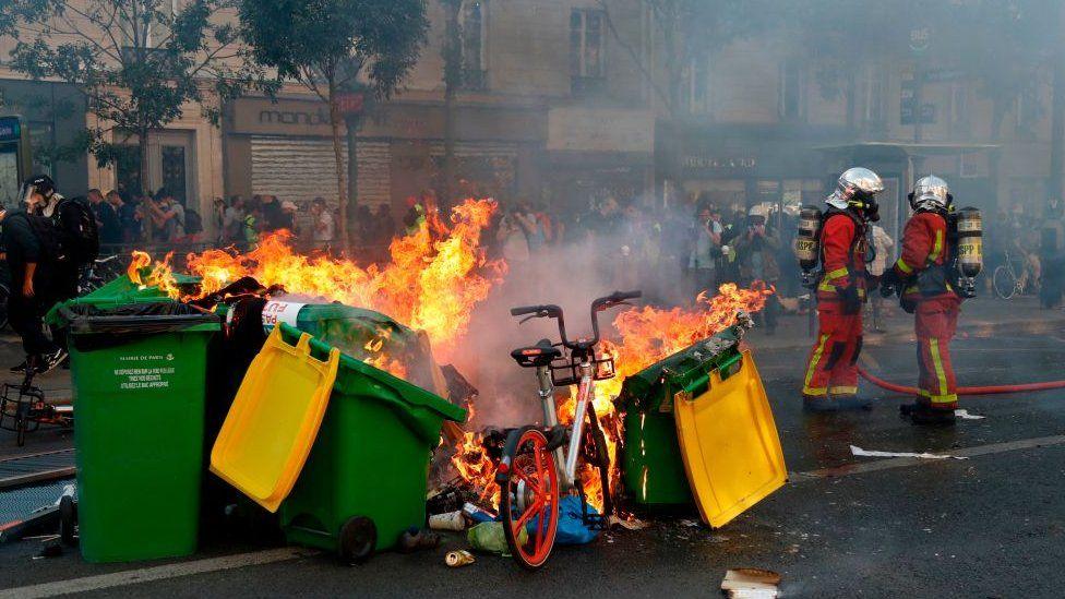 პარიზში კლიმატის დაცვის მოთხოვნით დაგეგმილი აქცია ჩაიშალა
