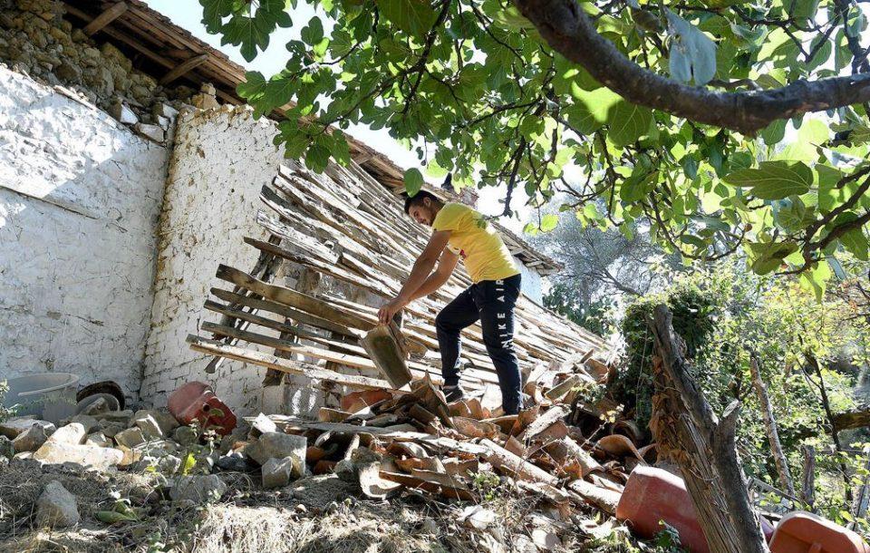 ძლიერი მიწისძვრის შესახებ ყალბი ინფორმაციის გავრცელების გამო, ალბანეთში ორი ჟურნალისტი დააკავეს