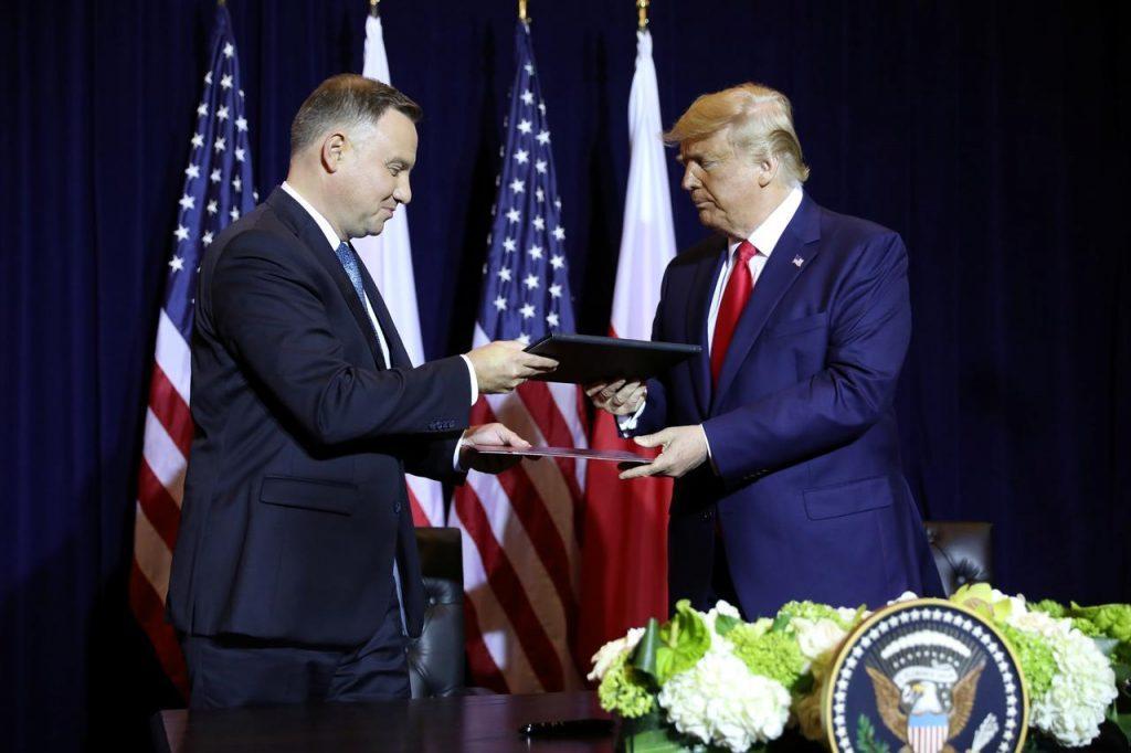 Donald Tramp gözləyir ki, Polşa vizasız rejim proqramına yaxın həftələrdə qoşulacaq