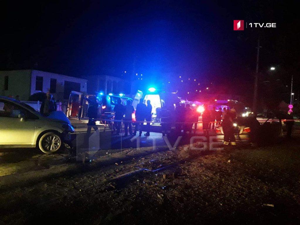 ზუგდიდში ავტოსაგზაო შემთხვევის შედეგად სამი ადამიანი დაშავდა