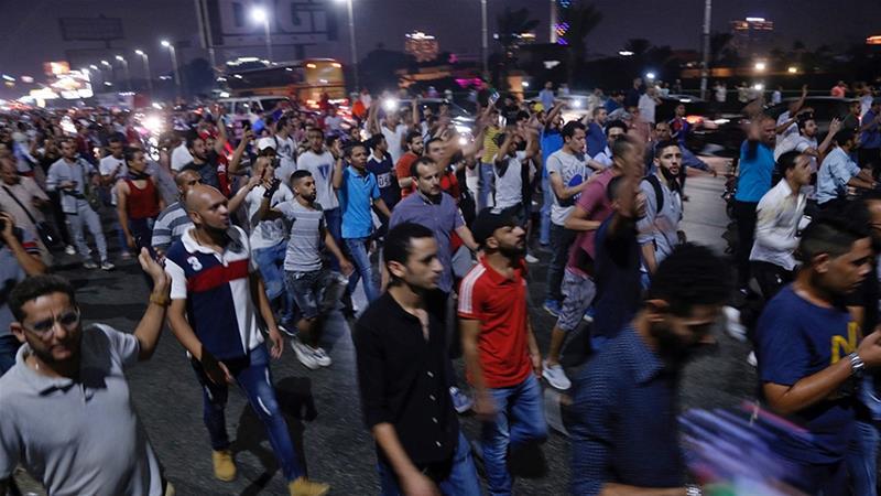 ეგვიპტეში მთავრობის საწინააღმდეგო საპროტესტო აქციების პარალელურად ორიათასამდე ადამიანი დააკავეს