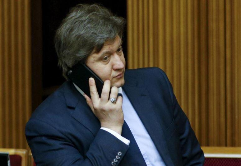 Владимир Зеленский освободил с должности секретаря Совета национальной безопасности и обороны