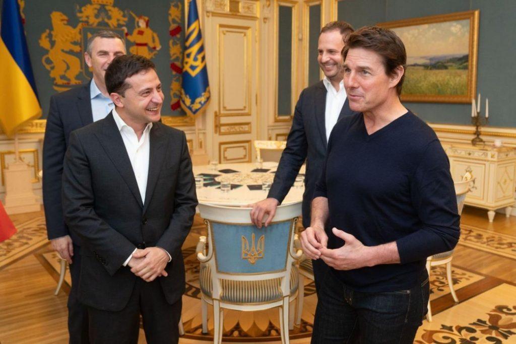 Том Круз приехал в Киев по личному приглашению Владимира Зеленского