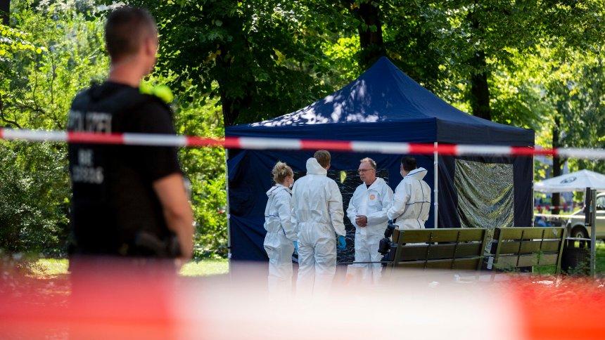 """""""Шпигель"""" пишет, что российские дипломаты вскоре после задержания навестили подозреваемого в убийстве Зелимхана Хангошвили в Берлине"""