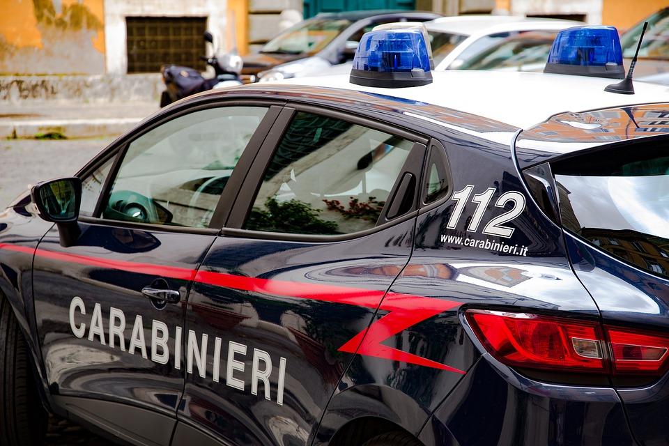 По информации местных СМИ, в Италии задержан грузин за неповиновение полиции и угрозе несовершеннолетним
