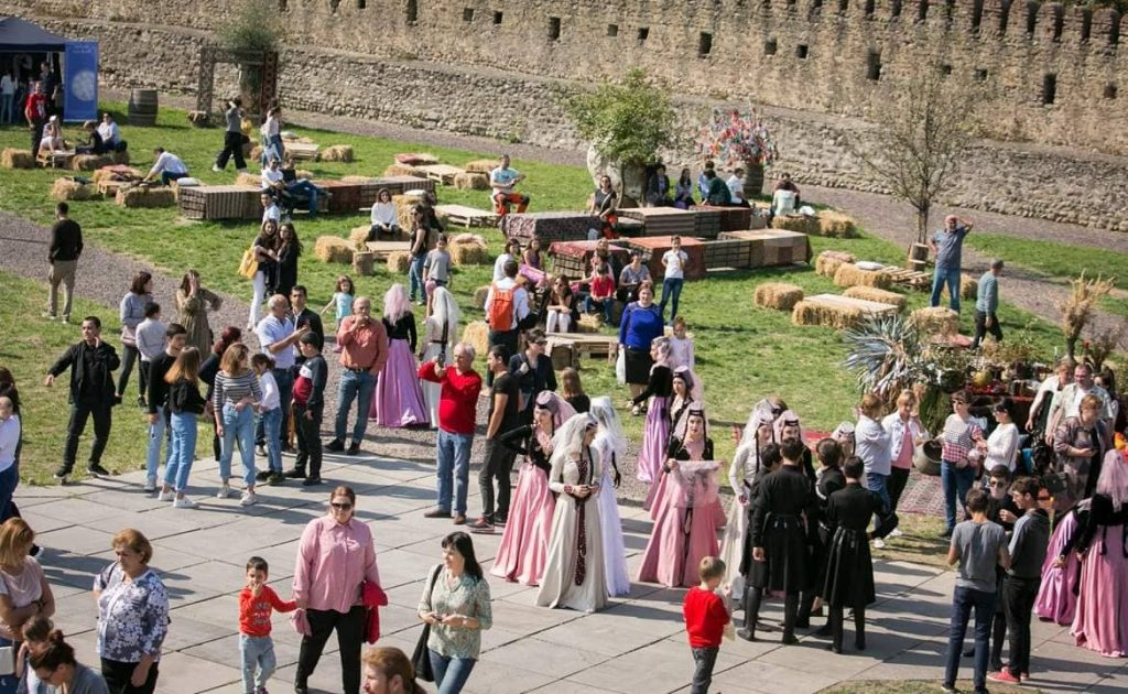 """თელავი ღვინის ფესტივალს """"თელავინო 2019"""" მასპინძლობს"""