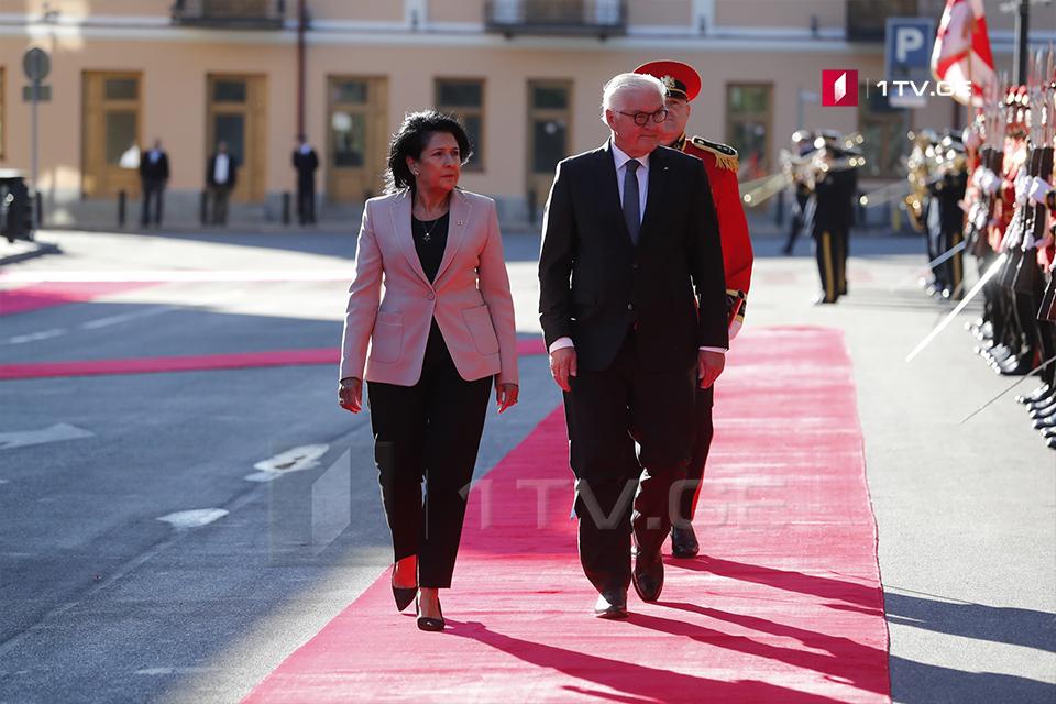Գերմանիայի նախագահը իր Վրաստանյան այցն սկսել է Սալոմե Զուրաբիշվիլու հետ հանդիպմամբ