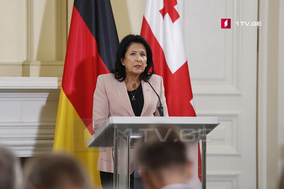 სალომე ზურაბიშვილი - გერმანიის პრეზიდენტთან განვიხილეთ მიგრაციის თემა, რომელიც ბევრ ჩვენს პარტნიორს აწუხებს და ჩვენც გვაწუხებს