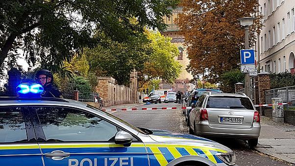გერმანიის გენერალური პროკურორი ჰალეში მომხდარ თავდასხმაში მემარჯვენე ექსტრემიზმის შესაძლო კვალზე საუბრობს