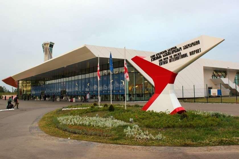 ქუთაისისა და ბათუმის აეროპორტებში საერთაშორისო ვიზიტების რაოდენობა გაიზარდა, თბილისში შემცირდა