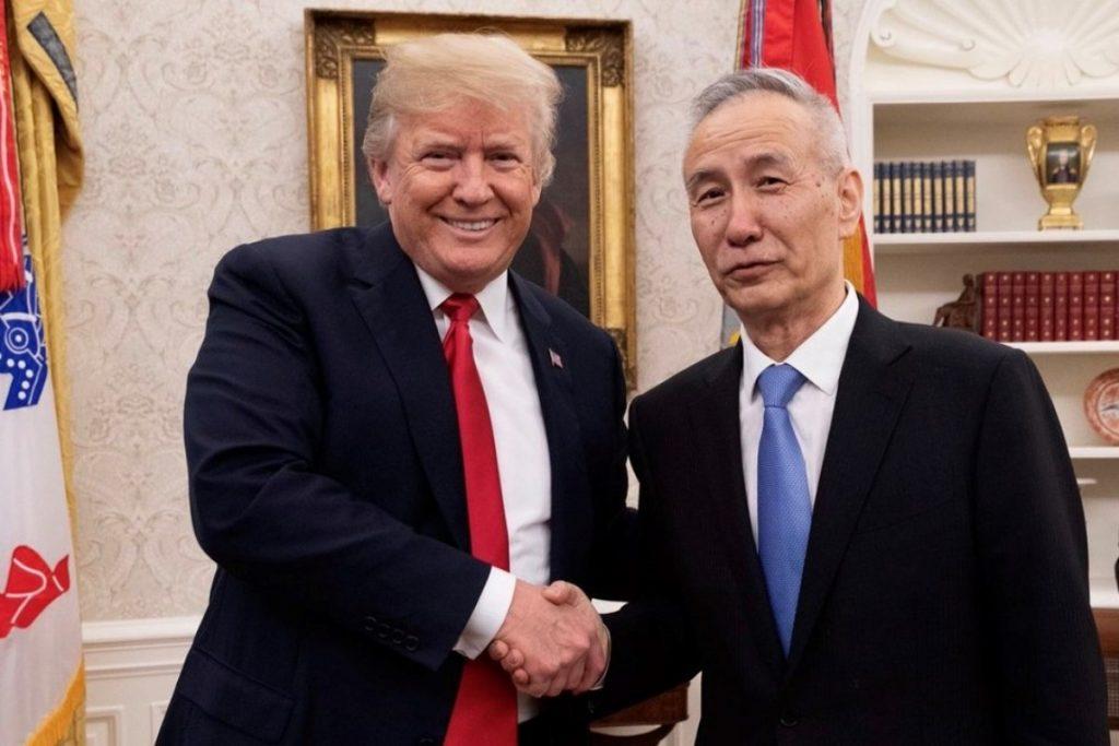 აშშ-მა და ჩინეთმა ახალი სავაჭრო ხელშეკრულების პირველ ფაზაზე შეთანხმებას მიაღწიეს