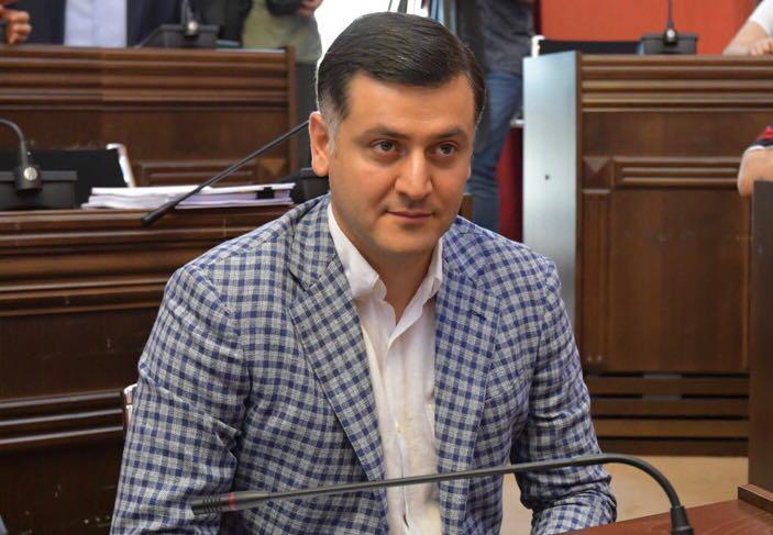 """ილია წულაია - საკრედიტო რეიტინგის გაუმჯობესება """"ქართული ოცნების"""" ხელისუფლების მიერ განხორციელებული წარმატებული რეფორმებისა და ინიციატივების დამსახურებაა"""
