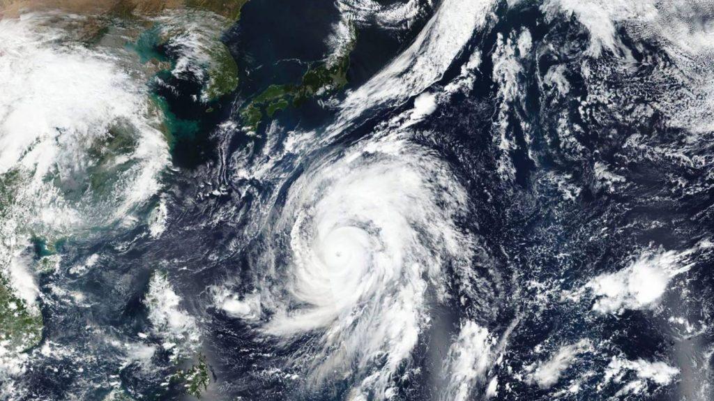 იაპონიაში ტაიფუნის გამო ევაკუაციის რეკომენდაცია ოთხ მილიონზე მეტ ადამიანზე გაიცა