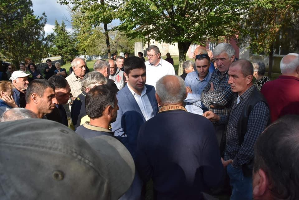 ცენტრალური და ადგილობრივი ხელისუფლების წარმომადგენლებმა ჩხოროწყუს მუნიციპალიტეტში შეხვედრები გამართეს