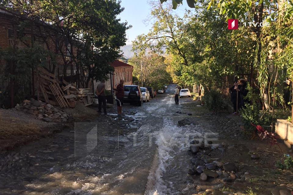 ნაძალადევის რაიონში წყლის მაგისტრალური მილის დაზიანების აღმოფხვრა 22:00 საათისთვის იგეგმება