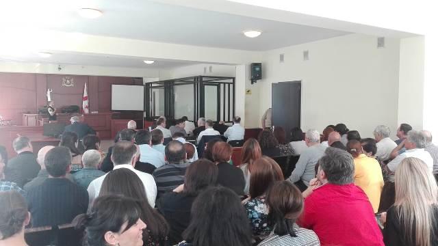 ბათუმის საქალაქო სასამართლო გიორგი ერმაკოვისა და ბათუმის მერიის ორი ყოფილი თანამშრომლის ადვოკატების შუამდგომლობას იხილავს