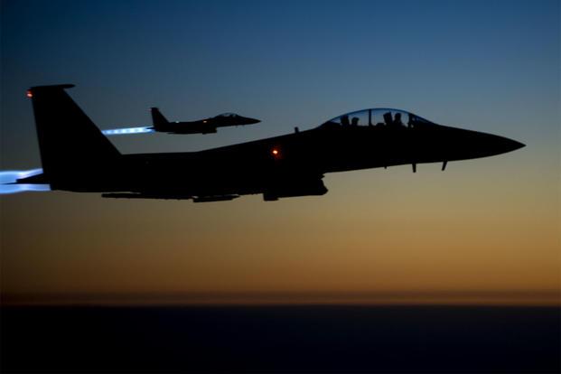 აშშ-ის ავიაციამ სირიაში ამერიკული სამხედრო ბაზის ტერიტორიაზე, იარაღის საწყობზე ავიაიერიში მიიტანა