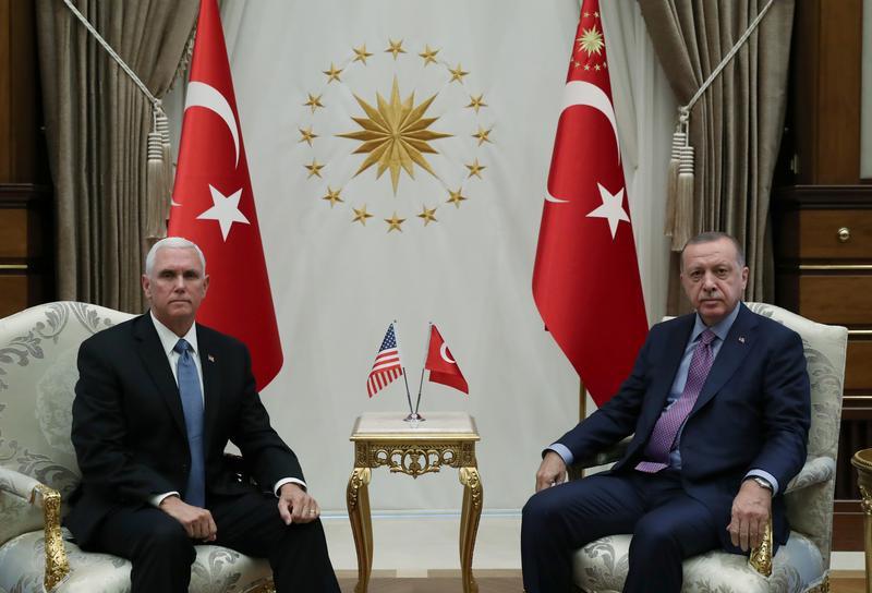აშშ-ის ვიცე-პრეზიდენტი თურქეთის პრეზიდენტს შეხვდა