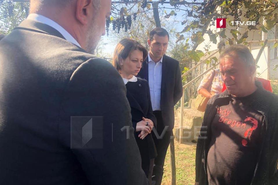 ეკატერინე ტიკარაძემ ჭიათურის მაღაროში დაღუპული მუშის ოჯახს მიუსამძიმრა