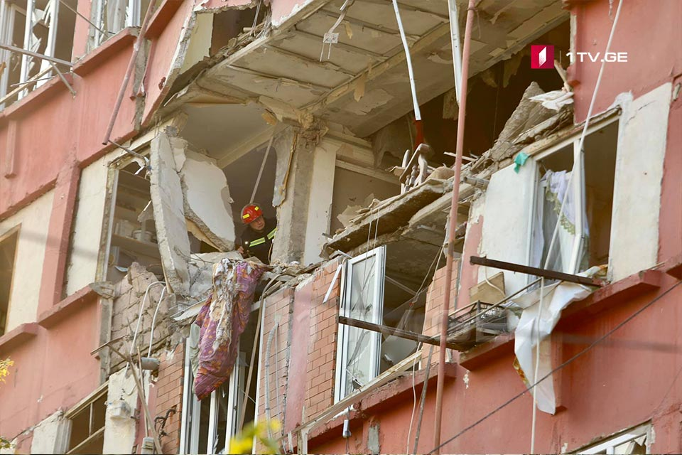 Взрыв на проспекте Гурамишвили в Тбилиси, есть пострадавшие (фото)