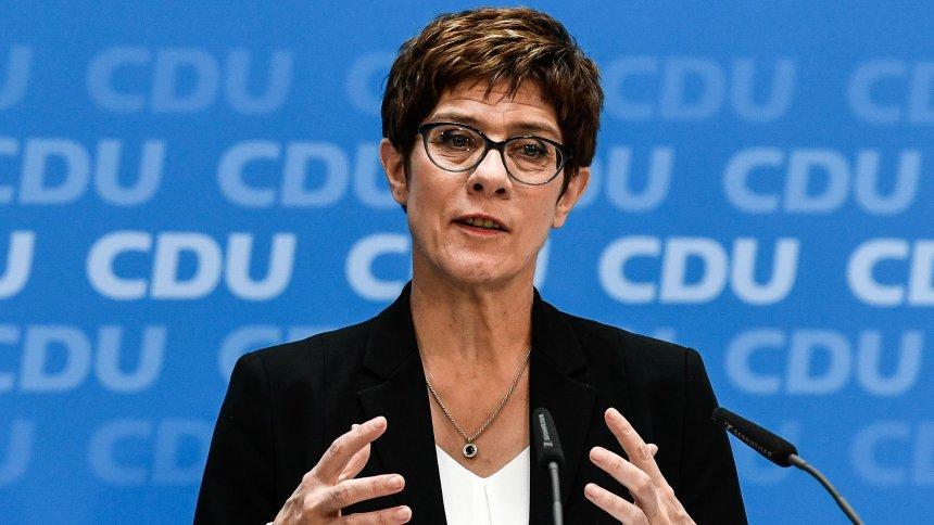 გერმანიის თავდაცვის მინისტრი ნატო-ს სირიის ჩრდილოეთში უსაფრთხოების ზონის შექმნას სთავაზობს