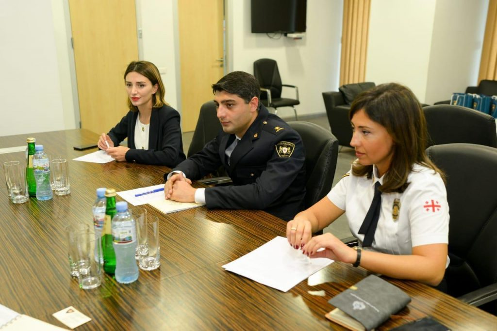 საპატრულო პოლიციის დეპარტამენტის დირექტორი აშშ-ის სახელმწიფო ანტინარკოტიკულ და სამართალდამცავ ორგანოებთან ურთიერთობის საერთაშორისო ბიუროს დირექტორს შეხვდა