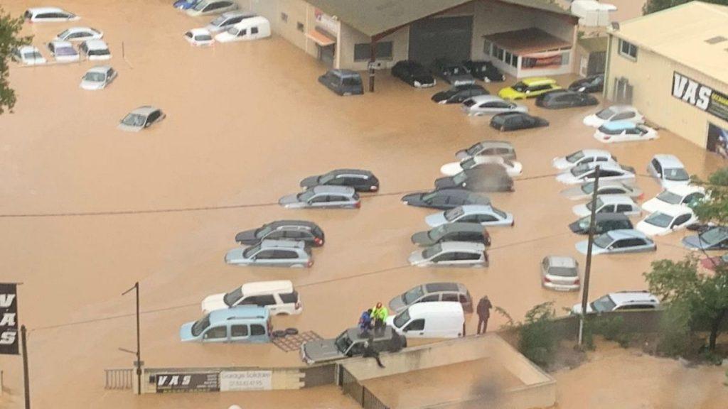 Ֆրանսիայում ուժգին անձրևի և փոթորիկի հետևանքով հեղեղվել է մի քանի քաղաք