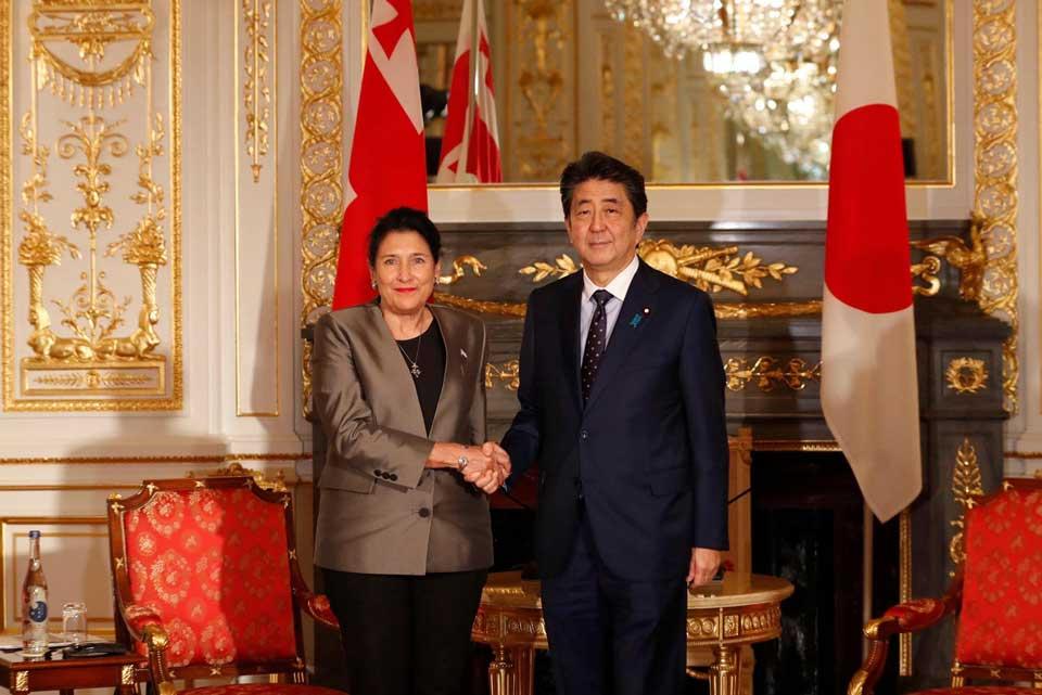 სალომე ზურაბიშვილი იაპონიის პრემიერ-მინისტრს შეხვდა
