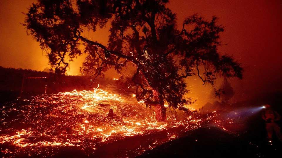 კალიფორნიაში მასშტაბური ხანძრის გამო, შესაძლოა, მილიონობით აბონენტს ელექტროენერგია შეუწყდეს