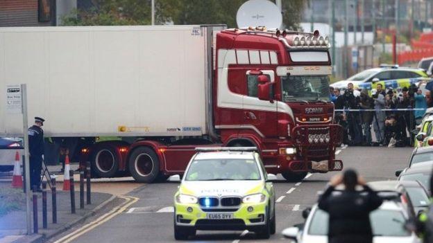 """""""როიტერი"""" - დიდ ბრიტანეთში, სატვირთო ავტომობილში აღმოჩენილი 39 გარდაცვლილი ეროვნებით ვიეტნამელი იყო"""