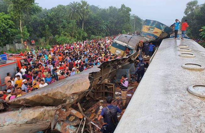 ბანგლადეშში სარკინიგზო ავარიისას 16 ადამიანი დაიღუპა