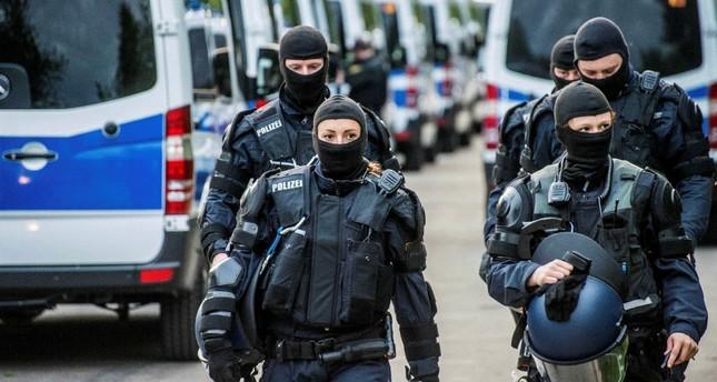 """""""როიტერის"""" ინფორმაციით, გერმანიაში """"ისლამური სახელმწიფოს"""" წევრობაში ეჭვმიტანილი სამი პირი დააკავეს"""