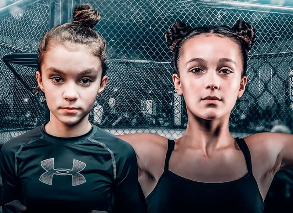 ამერიკაში 12 წლის გოგონები MMA-ის ტურნირზე იჩხუბებენ