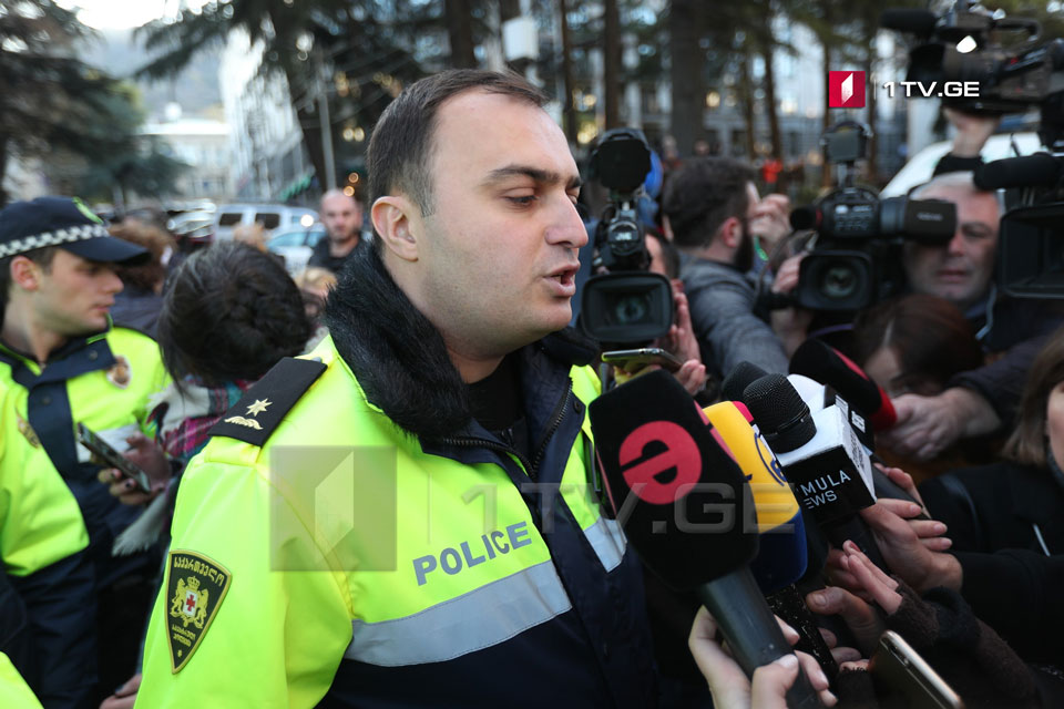 МВД дало организаторам акции 30 минут, чтобы освободить территорию парламента