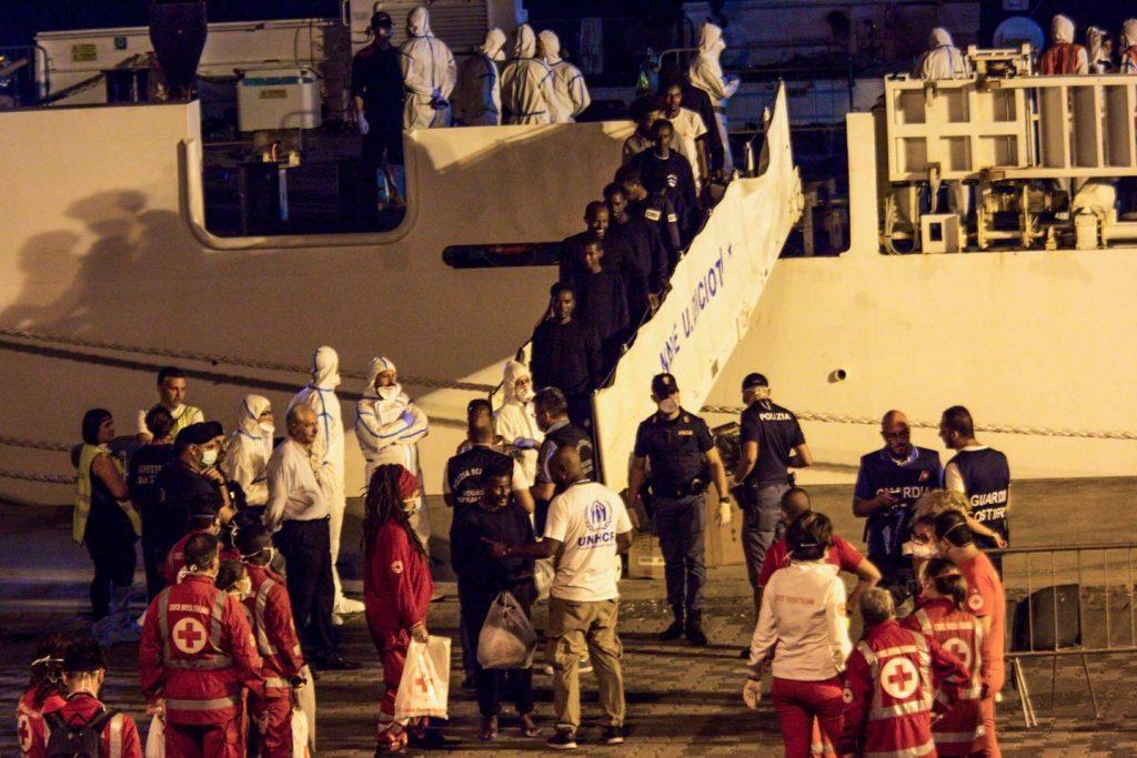 ესპანეთის სანაპირო დაცვამ კანარის კუნძულებთან 79 მიგრანტი გადაარჩინა